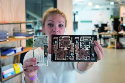 Image: Fairphone manufacture
