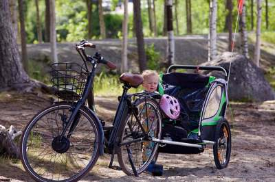 Image: bike and trailer