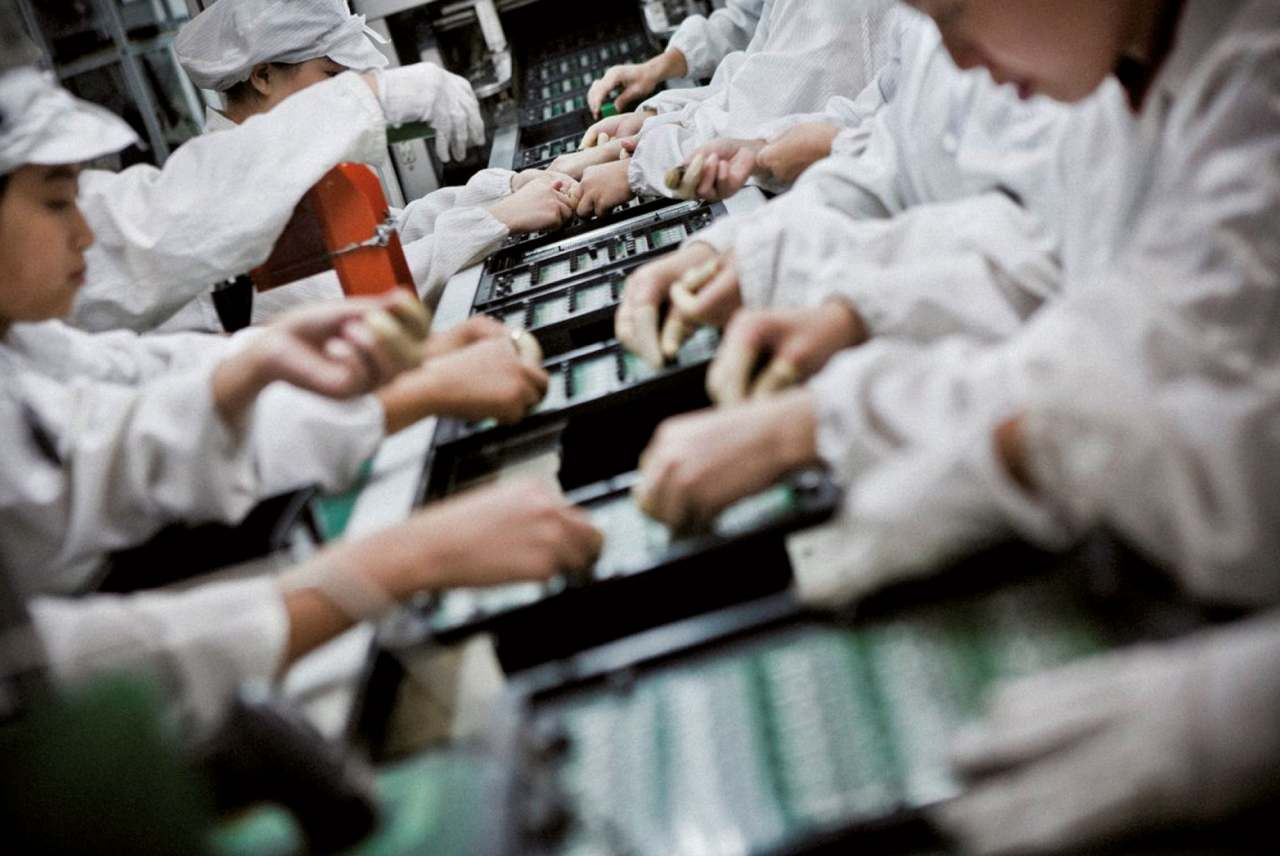image: workers in tech factory foxconn rights