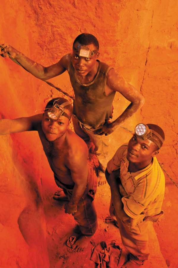 Image: miners in the democratic republic of congo in the mine